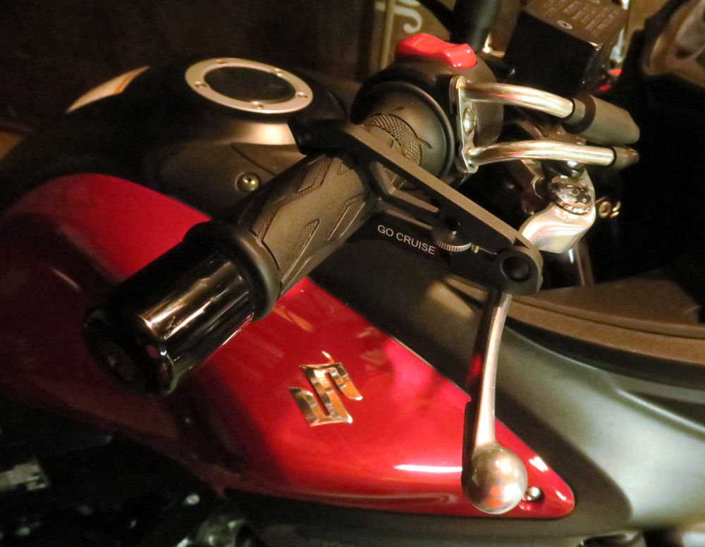 motorcycle throttle lock