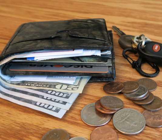 wallet vs money clip